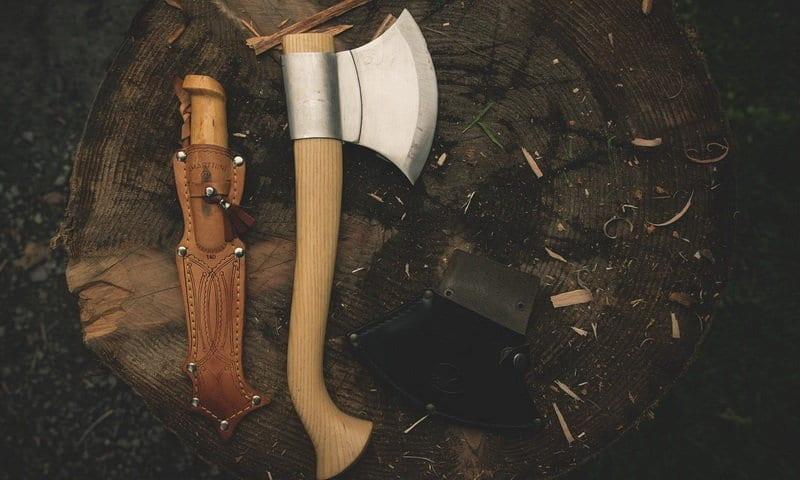 peralatan bushcraft indonesia